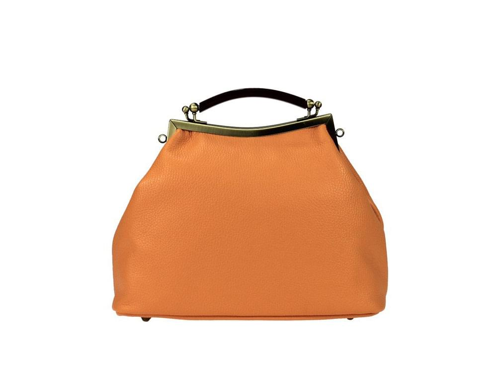 Budget leather bags from Italy