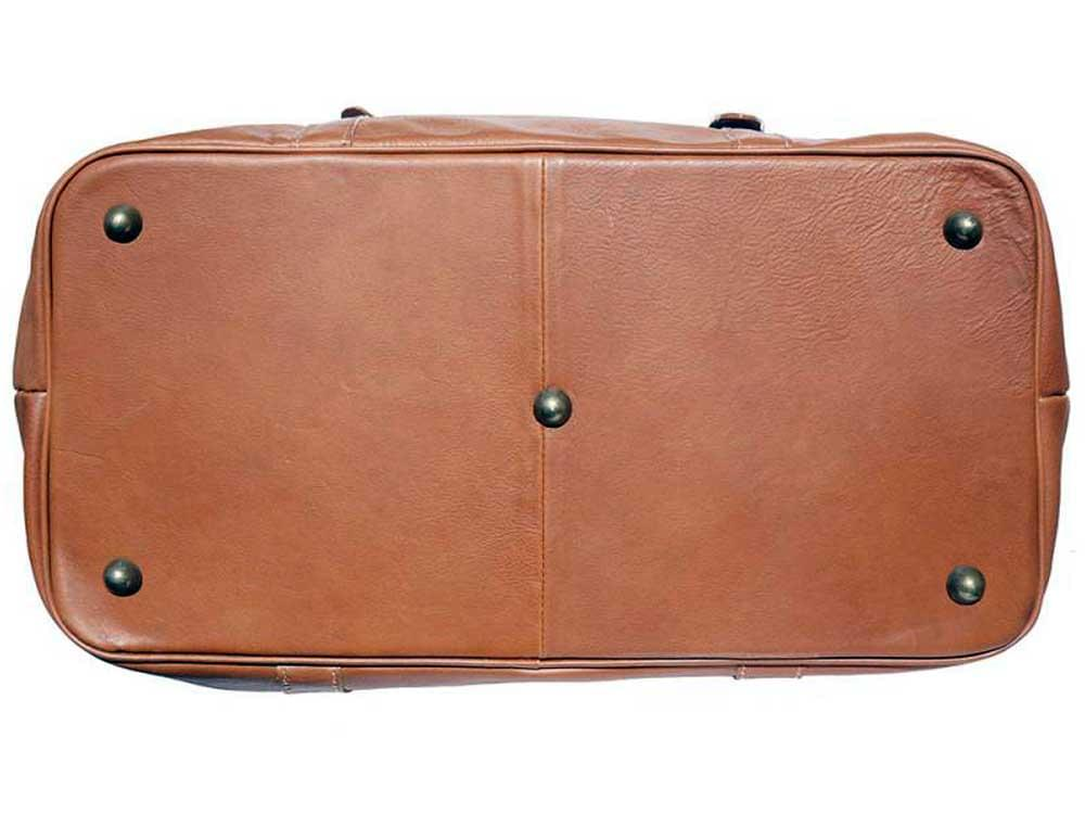 Jesi (tan) - ideal for air travel and weekends away - base, showing the five protective, metal studs