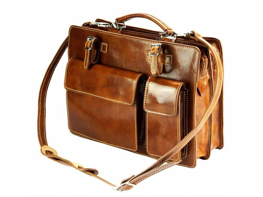Offers Suave - Practical and durable briefcase