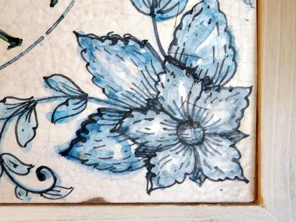 Blue Flower Clock - Ceramic and Wooden clock from Sicily - showing detail of the flowers