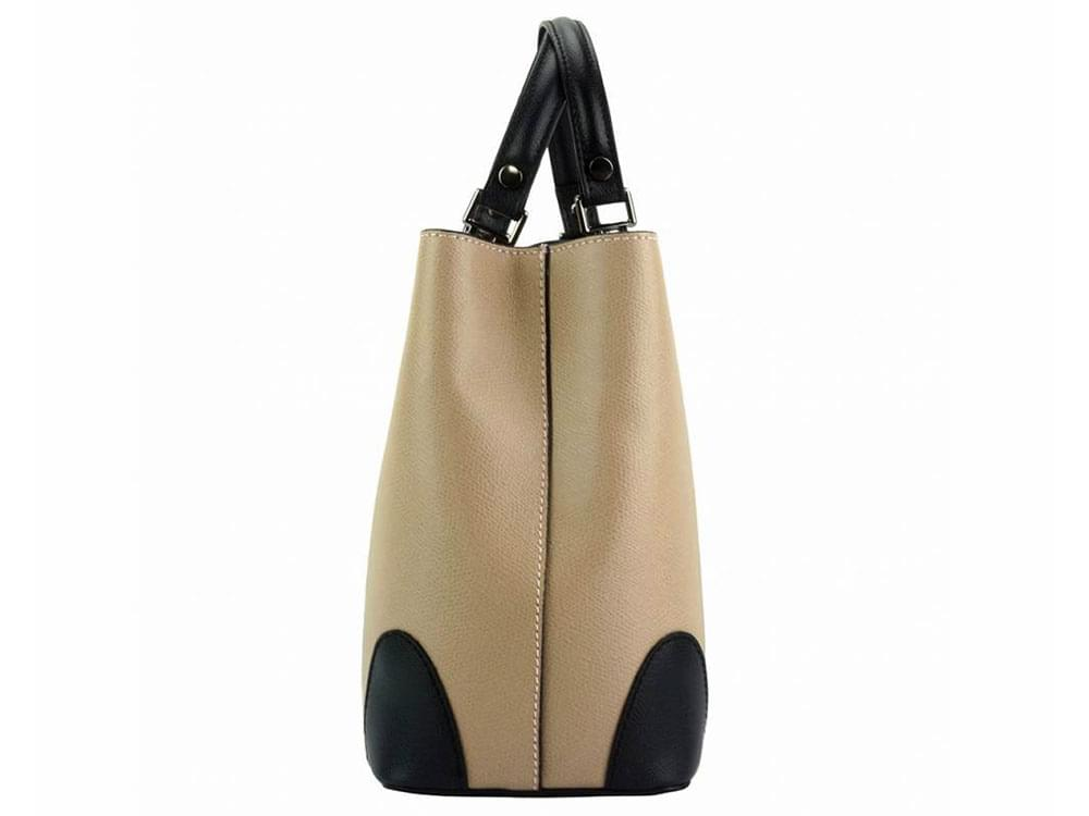 Oristano (light taupe) - modern, luxury leather bag - side view