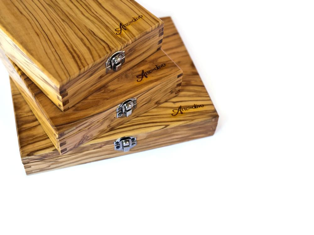 Five Piece Sommelier Set - showing the olive wood box