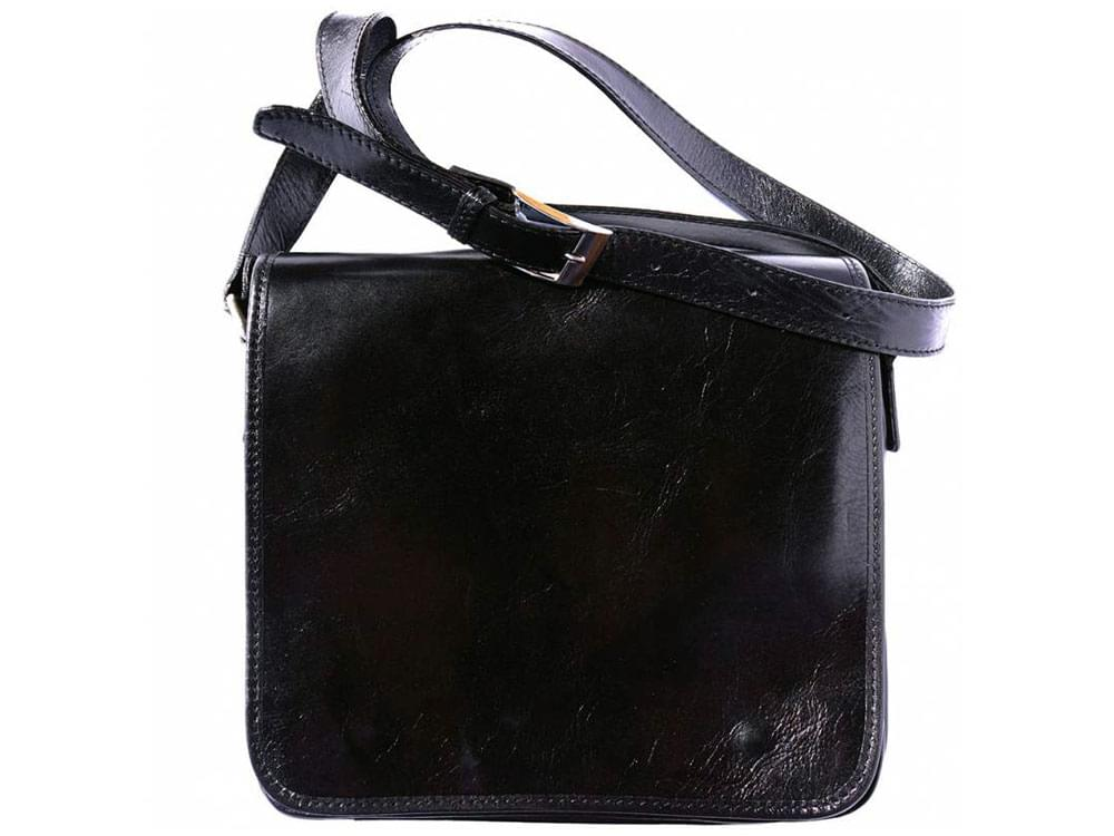 Italian leather products, leather gifts, leather goods