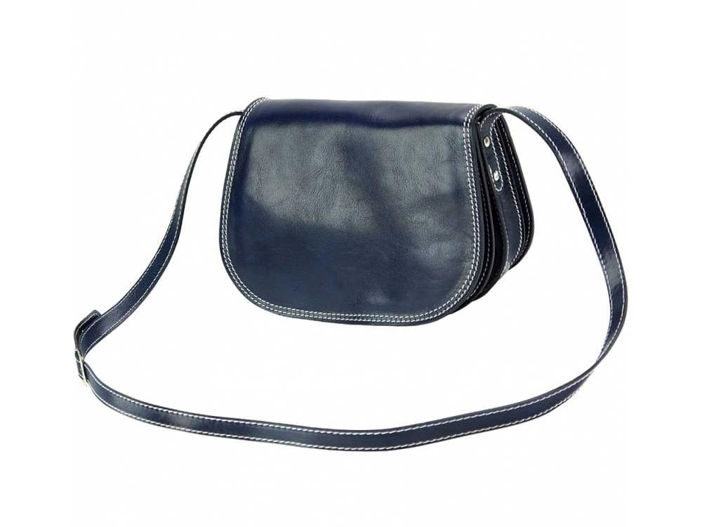 Deruta - supple and lightweight leather bag