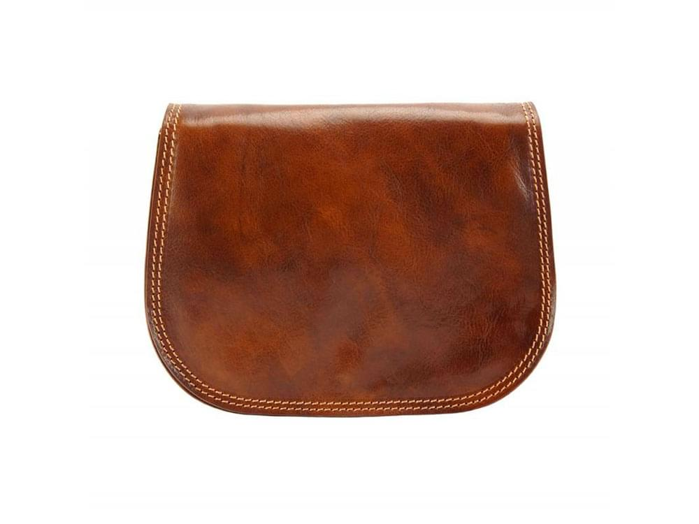 Deruta - supple and lightweight leather bag - front view