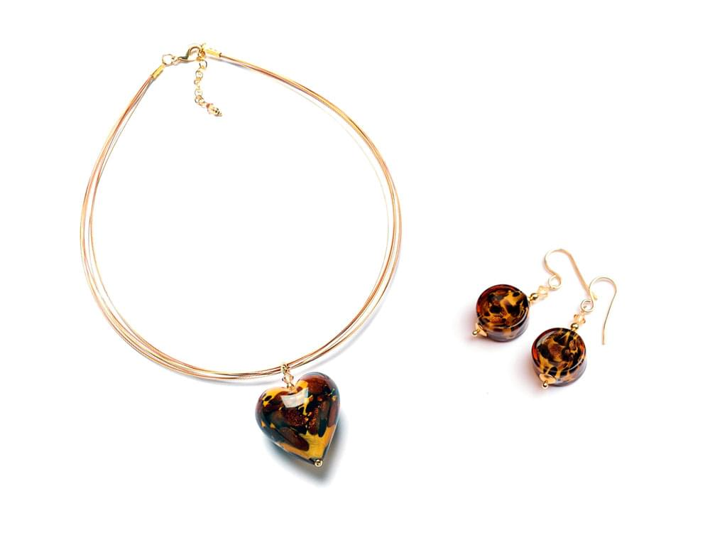 Ghepardo Set - big Murano glass heart with a cheetah print pattern on a multi-strand cord and matching earrings