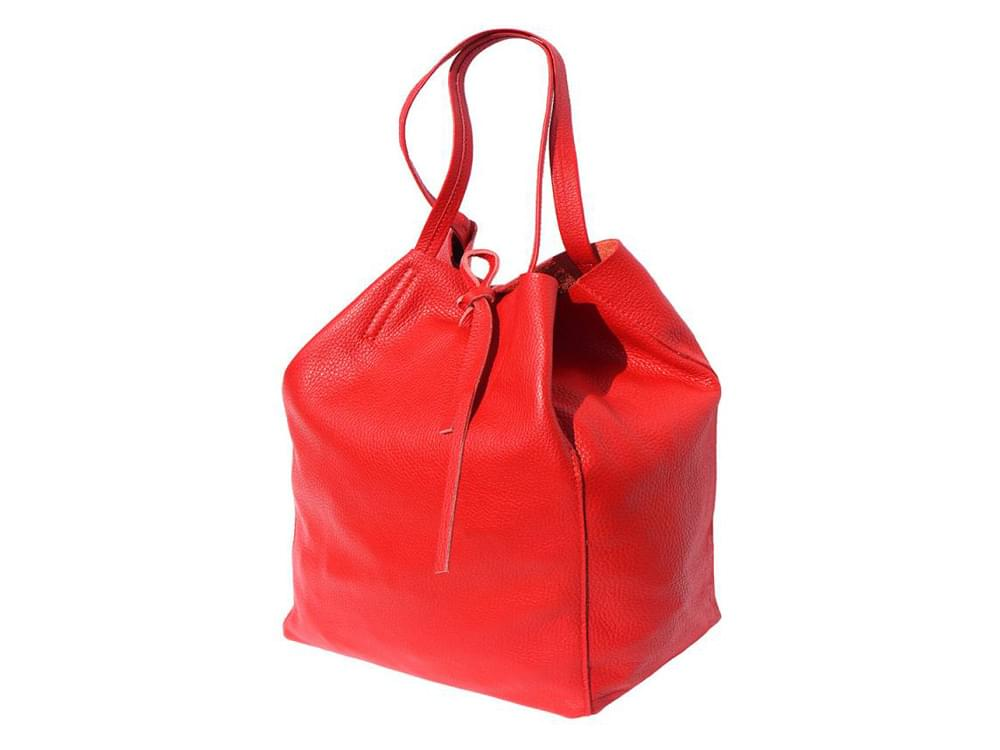 Bojana - shopping style bag in soft leather - side view, sides tucked in pyramid style