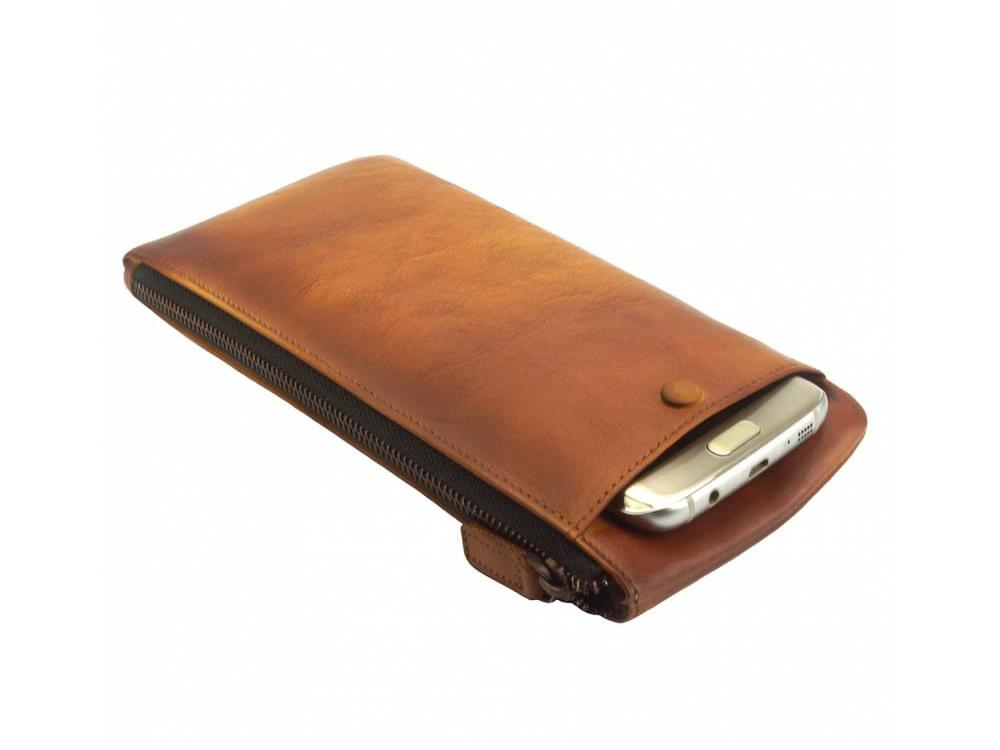 Alberto - vintage leather - phone case and wallet