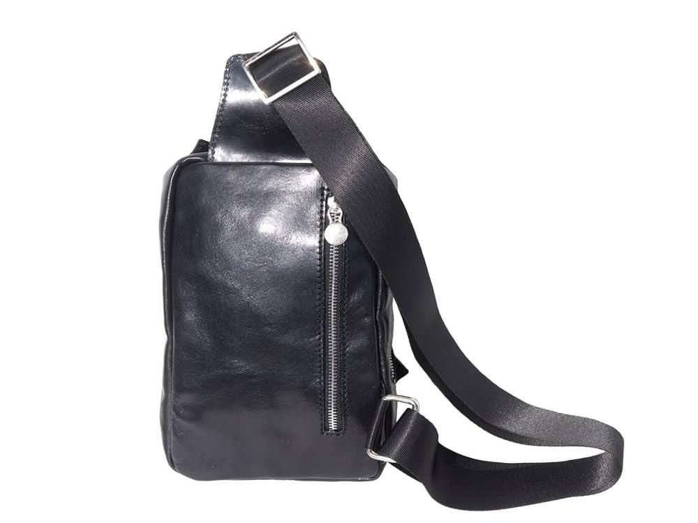 Bobbio - leather waist bag for men - back view