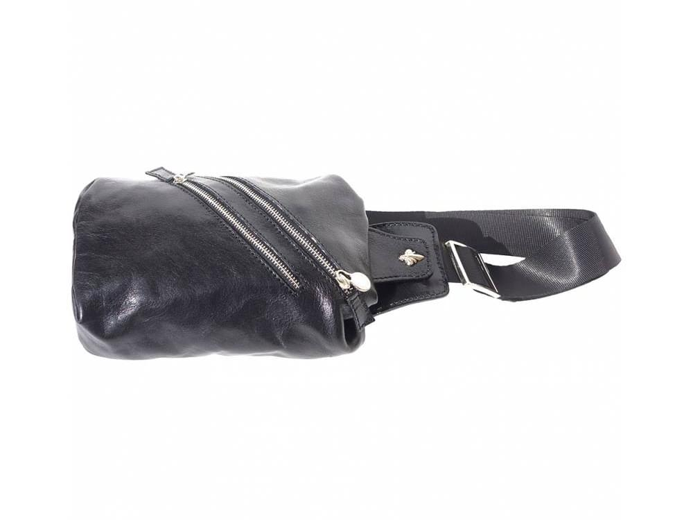 Bobbio - leather waist bag for men