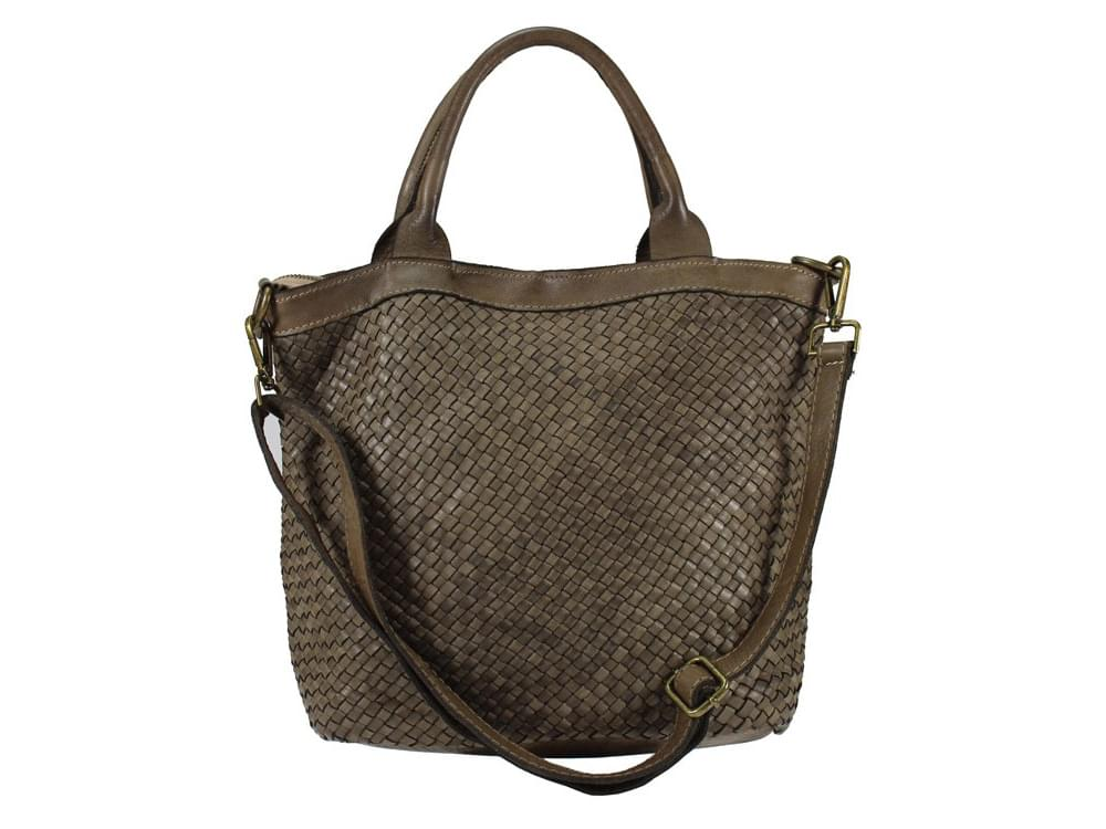 Amandola - compact, comfortable vintage leather bag - with the detachable shoulder strap attached