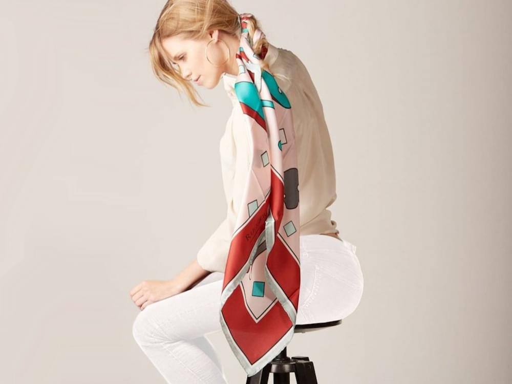 Curiosity - Limited edition silk scarf with artistic cat design