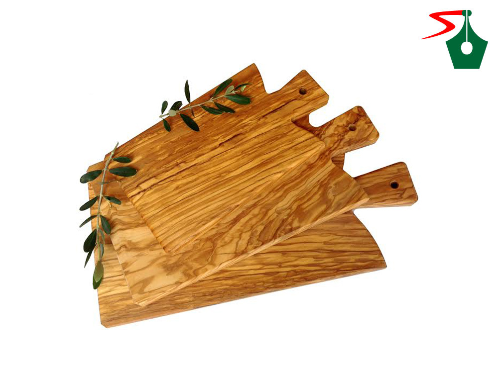 Olive wood boards from Italy